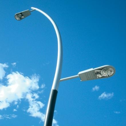 Hoy se presenta el Plan Integral de Provisión de Luminarias LED para municipios misioneros y se entregan 10 millones de pesos del Fondo Vial Provincial