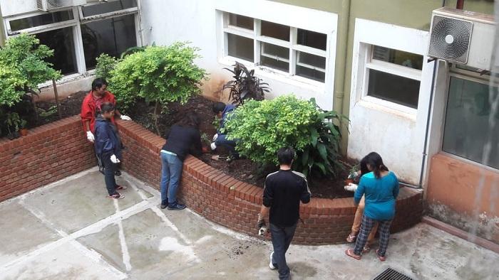 Dictan talleres de arte y jardinería en el Hospital de Pediatría de Posadas