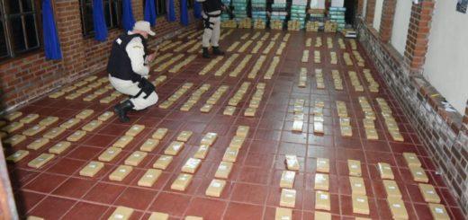 Allanan un aserradero de las afueras de Eldorado y decomisan casi 1800 kilos de marihuana