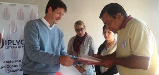 Iplyc Social entregó artefactos para sanitarios a una Asociación Civil