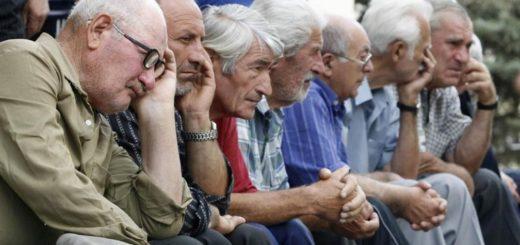 La falta de una jubilación obliga a más de la mitad de las personas de más de 60 años a seguir activos en el mercado laboral en América Latina