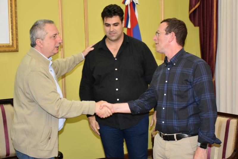 Passalacqua recibió a directivos de RETSA, empresa inversora que avanza su instalación en el Parque Industrial de Posadas