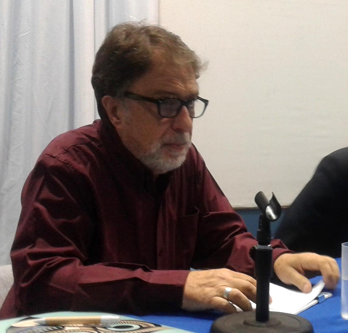 """Entrevista al Dr. Roberto Abinzano: """"En la actualidad veo amenazado al sistema universitario público y gratuito"""""""