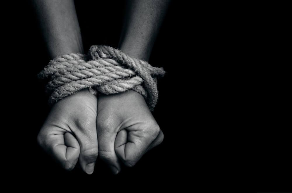 En Corrientes condenaron a penas de entre 8 y 10 años de prisión a tres mujeres y un hombre por trata de personas agravada