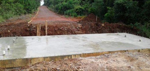 Programa 100 Puentes: ya está casi listo el cajón alcantarilla sobre el arroyo Bugre Grande en Hipólito Irigoyen