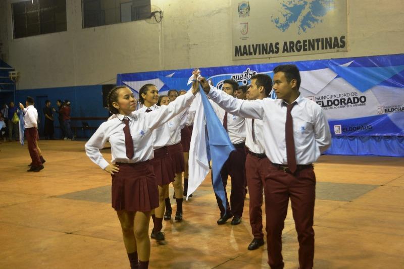 Eldorado: más de 400 jóvenes participaron del Encuentro «Nuestro Pericón Nacional»