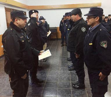 Oberá: En una formación especial reconocieron a suboficiales mayores de la Policía de la Provincia de Misiones