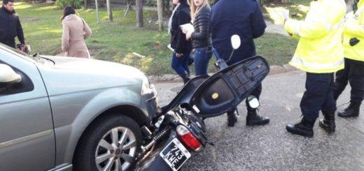 Una moto y un auto protagonizaron un nuevo accidente de tránsito en Posadas