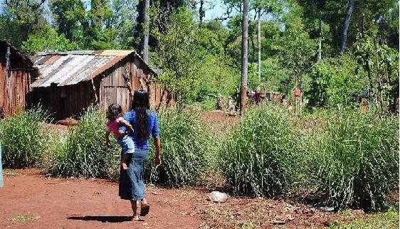 Indagaron a los tres detenidos por la violación que sufrió la chica mbya de la aldea Fortín Mbororé: todos se abstuvieron