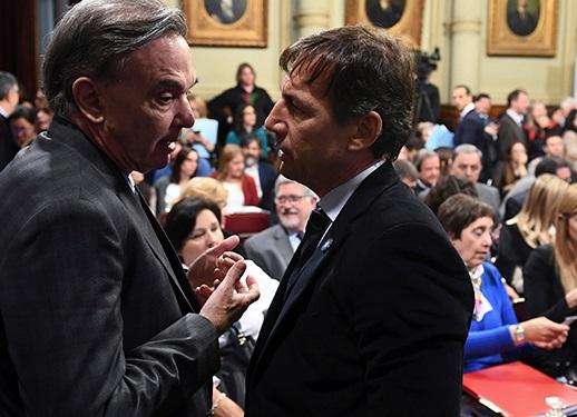 Cambiemos aceptó rebajar el IVA de las tarifas y se retoman las negociaciones en el Senado
