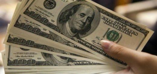 El dólar mantiene a 28,70 pesos en Posadas