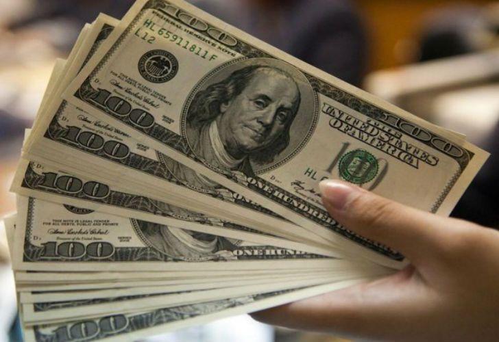 El dólar se vende a 28,70 pesos en Posadas