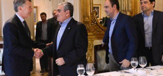 """Losada participó de una reunión con Macri e intendentes, donde el Presidente pidió """"reacomodar"""" tasas municipales"""