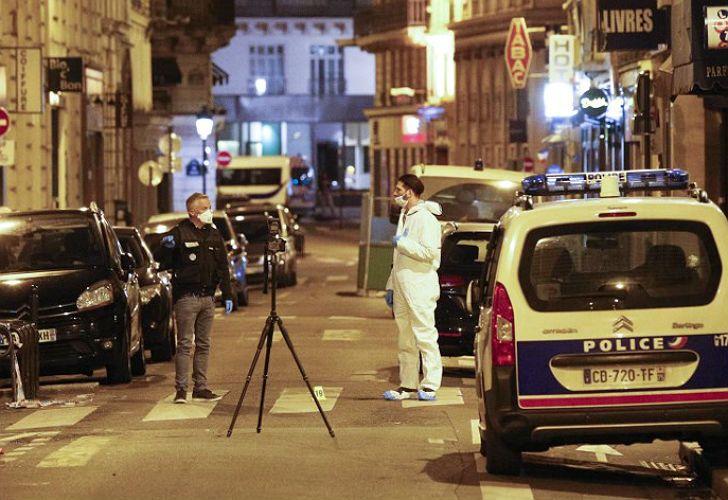 El terrorista de París era un joven nacido en Chechenia y detuvieron a sus padres