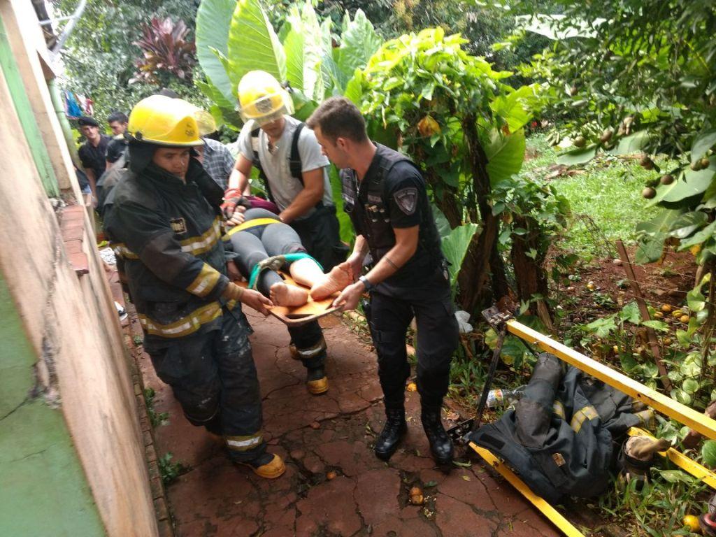 Heroico rescate de una mujer que se había arrojado a un pozo de 18 metros de profundidad