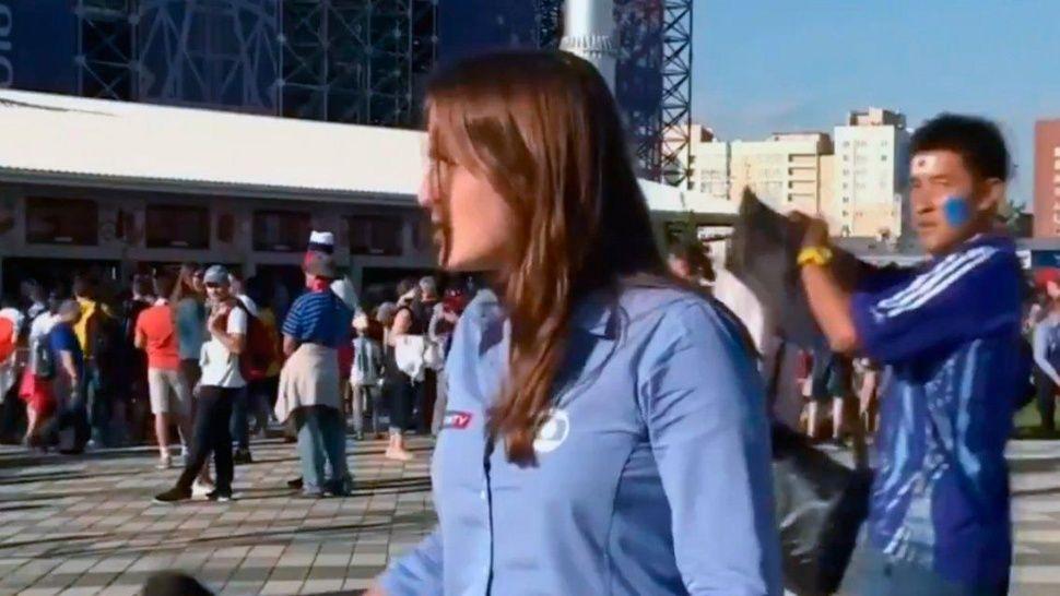 #Mundial2018: acosaron a otra periodista durante una nota en vivo