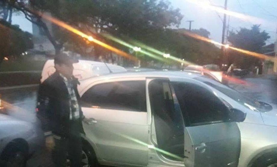 """En la capital misionera secuestraron un auto relacionado con la causa de la """"narcoambulancia"""" de Corrientes"""