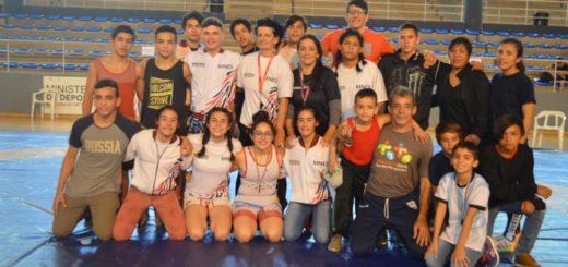 Lucha: Misiones logró dos plazas en el equipo nacional para el Panamericano Escolar