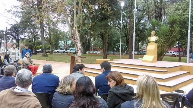 Inauguraron obras del Iprodha en la plaza San Martín de Eldorado