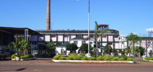 El Ingenio Azucarero de San Javier permanecerá cerrado preventivamente, aunque continúa con la producción y entrega de alcohol a centros de salud