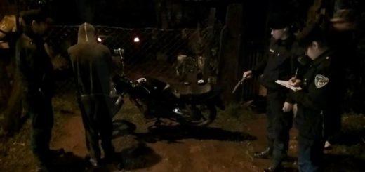 Oberá: Macaco cayó tras robar una moto y otros elementos