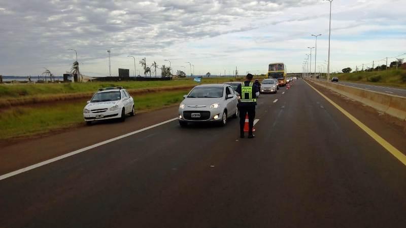 La Policía retuvo 66 licencias de conducir y detuvo a 8 conductores alcoholizados en Misiones