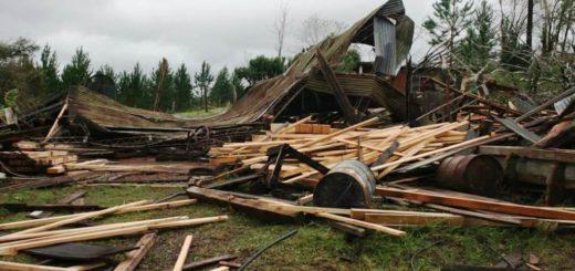 El Vicegobernador garantizó ayuda a los afectados por la tormenta en Caá Yarí y Alem