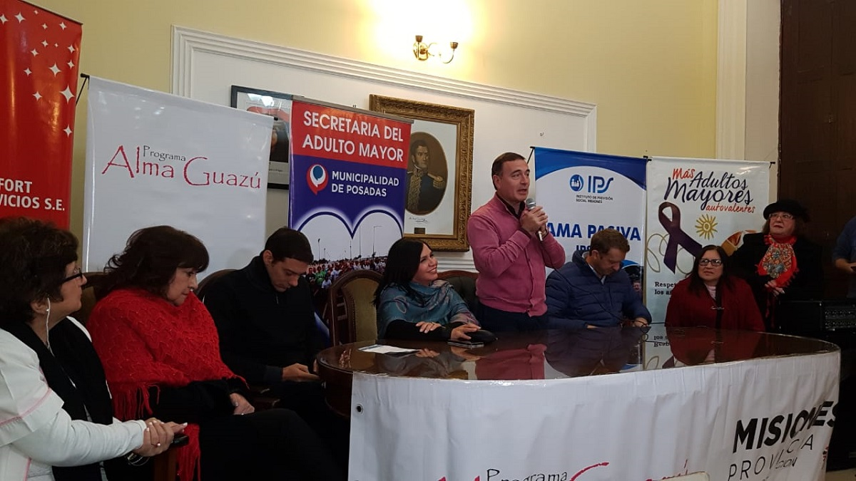 Vicegobernación: realizaron taller de sensibilización contra el maltrato del adulto mayor