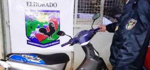 Montecarlo: Sorprendieron a dos jovencitos con netbooks y dinero robados de la escuela 661