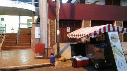 Posadas: Cayó joven que tenía oculto en la casa un carrito hamburguesero robado