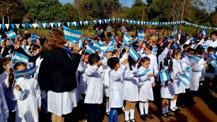 Eldorado: miles de personas asistieron al acto del día de la Bandera