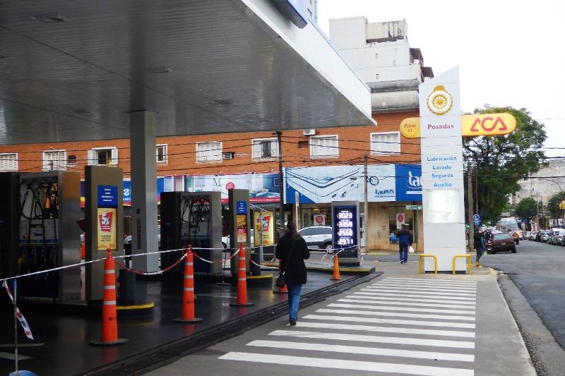 #ParoNacional: sin atención al público en bancos y en estaciones de servicios posadeños