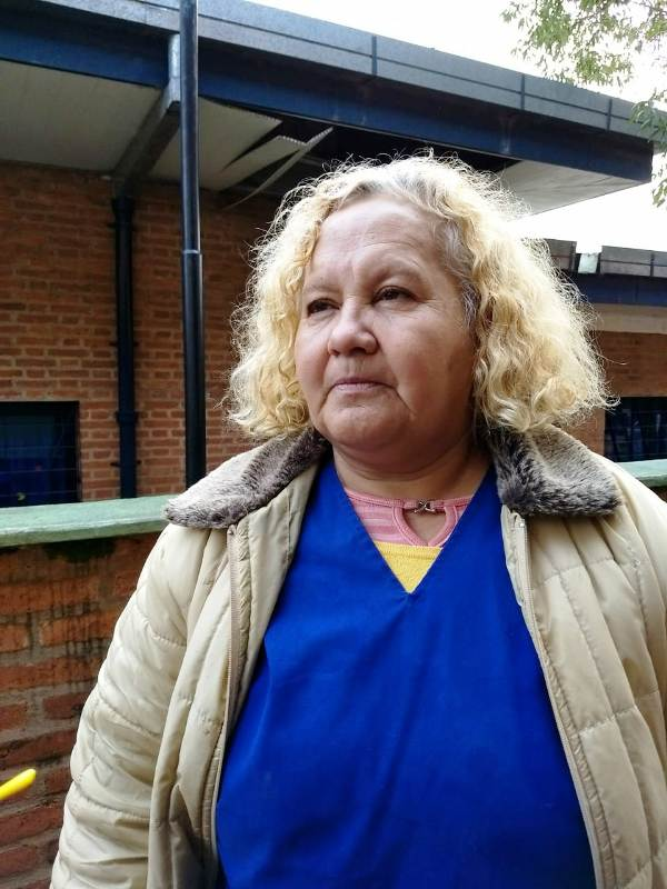 """""""La quiero para mí"""", dijo Rosa, la mujer que encontró a la bebita que nació en la vía pública en el barrio Fátima de Garupá"""