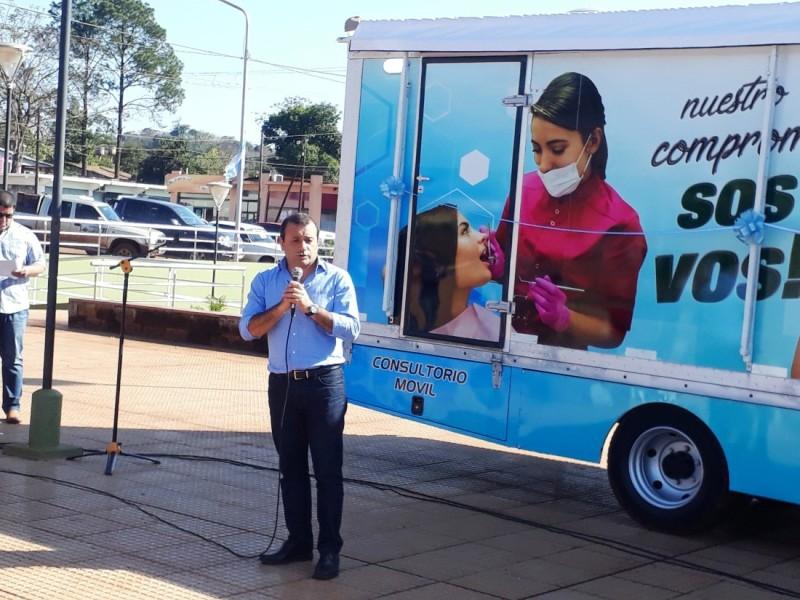 La municipalidad de Andresito presentó su camión sanitario