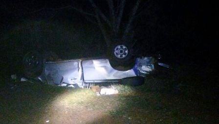 Dos fallecidos tras volcar una camioneta en ruta 201 en Apóstoles