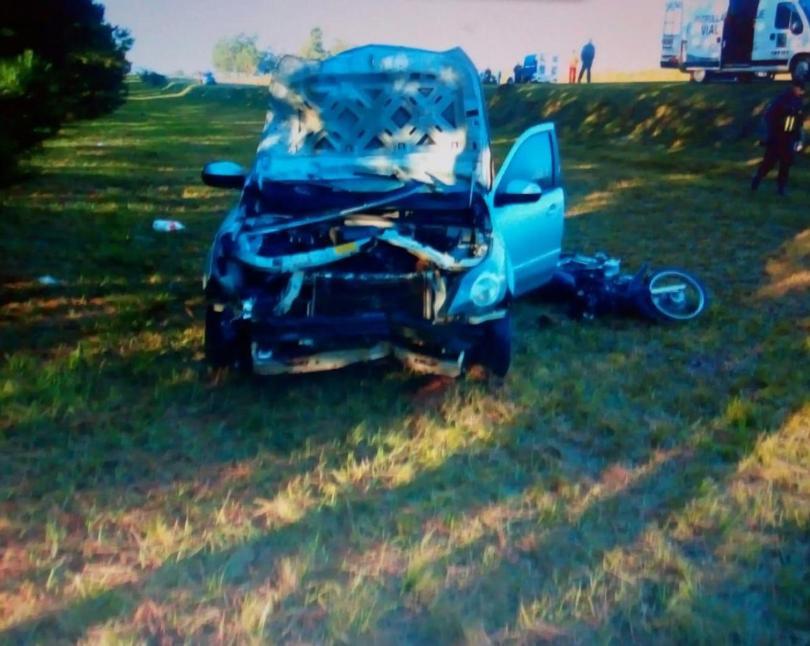 Fachinal: un auto chocó y mató a dos motociclistas, uno de ellos hijo de la cantante Vanessa Avellaneda