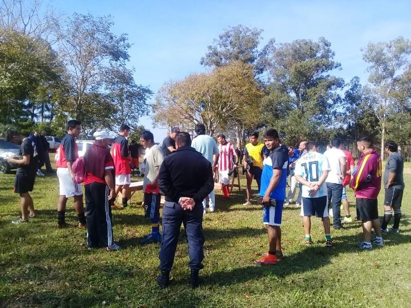 El Club Atlético Candelaria disputó dos amistosos contra internos del penal de Loreto