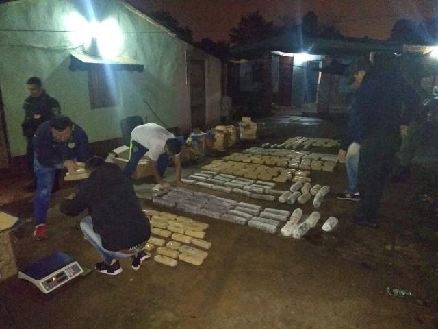 """Cayeron """"narcos"""" que alquilaban departamentos en Iguazú para ocultar marihuana: tenían 303 panes"""