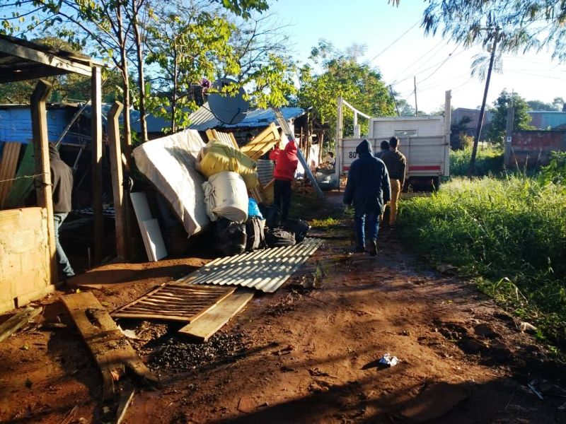 Posadas: relocalizaron a 14 familias de la vera del arroyo La Chancha a viviendas en Sol de Misiones