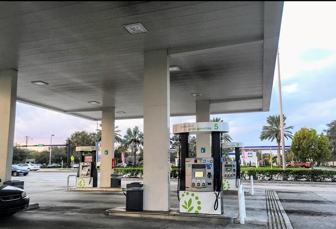 ¿Cuánto cuesta el combustible en otros lugares del mundo?
