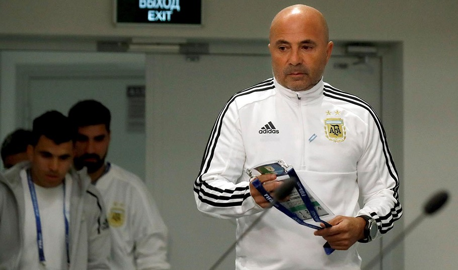 """#Mundial2018: Sampaoli reconoció """"diferencias"""" con los jugadores y dijo que """"mañana empieza otro Mundial para la Selección"""""""