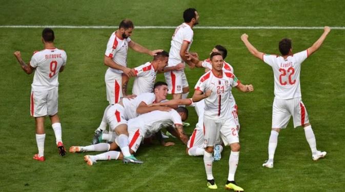 #Mundial2018: Suiza le ganó un partidazo a Serbia y abrió una chance para que Brasil quede afuera