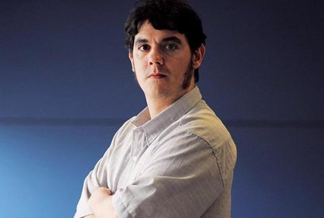 El escritor Pablo Camogli mostró documentación que vinculan al escritor Moreyra con la dictadura militar