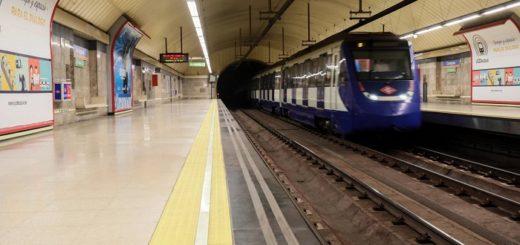 Tras una discusión, un hombre arrojó a otro a las vías del metro en Madrid