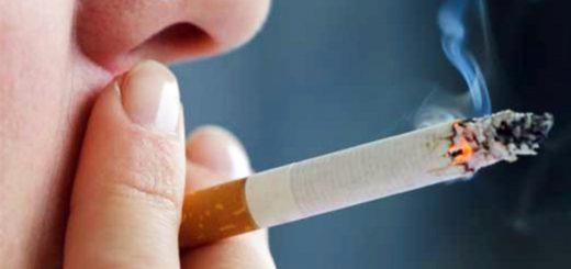 Una empresa le da seis días extra de vacaciones a los no fumadores