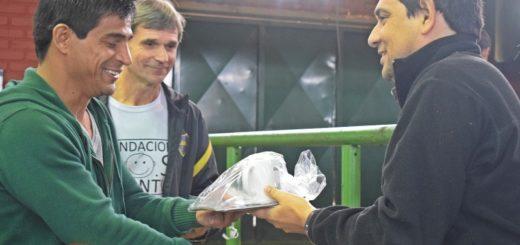 """El ex Boca Hugo """"Negro"""" Ibarra brindó una clínica deportiva en Posadas"""