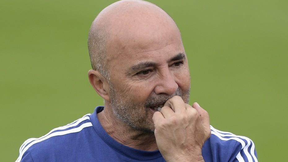 Oficialmente Sampaoli dejó de ser el técnico de la selección Argentina