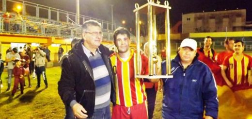 El Club Construcción se consagró campeón de la primera división de la Liga Oficial de Fútbol de Puerto Piray