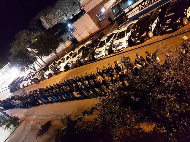 500 policías y otra noche de intenso operativo buscando al resto de la banda que atacó la UPII