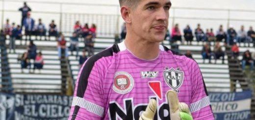 Pelea fatal entre futbolistas: un delantero de San Telmo apuñaló a un ex arquero de Almagro a la salida de un bar